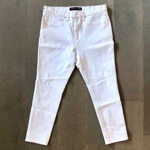 "Veronica Beard Kate 10"" Crop Skinny Jeans in White"